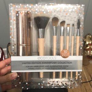 Brand new ecotools make up brush set